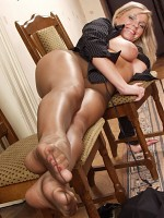 Donna in ultra sheer pantyhose 